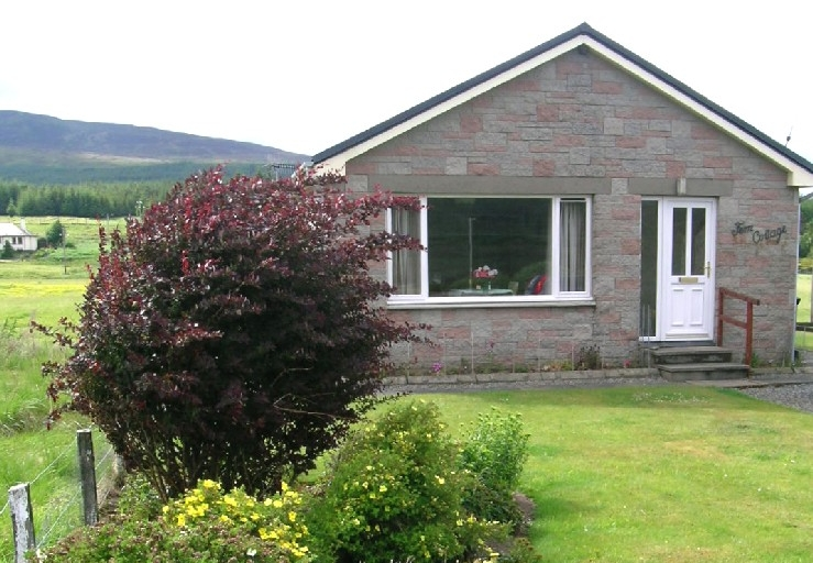 Fern_Cottage-Newtonmore, scottish highlands, monarch of the glen, highland accommodation, aviemore, cairngorm national park, scottish holiday.